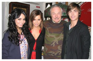 Vanessa Hudgens, Ashley Tisdale and Zac Efron at Serendipity 3 Photo Credit: http://thetwinspinblog.blogspot.com